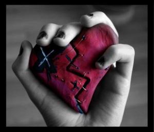 broken-heart-hand-hold