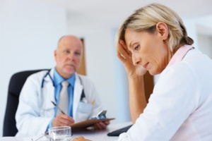 upset-woman-receiving-diangosis-horiz